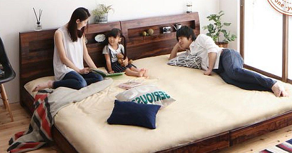 夫婦ダブルベッドと赤ちゃん
